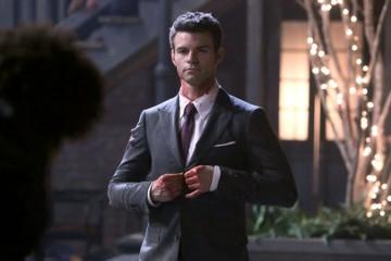 the-originals-season-1-episode-21-elijah-blood-spatter