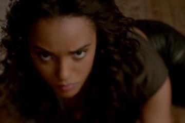 originals-215-rebekah-floored