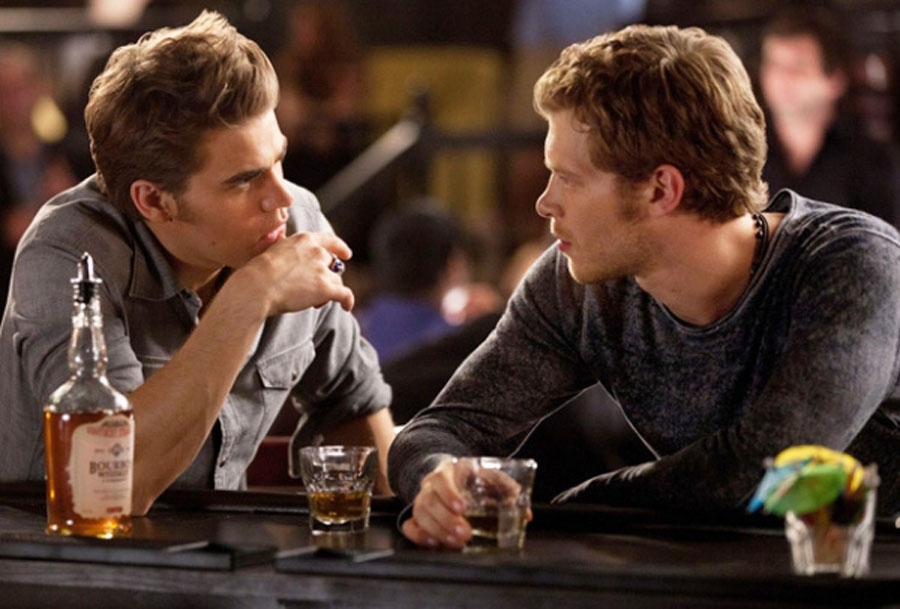 the-vampire-diaries-stefan-on-the-bayou